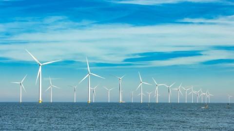 Windmolens op zee leveren energie voor miljoen gezinnen