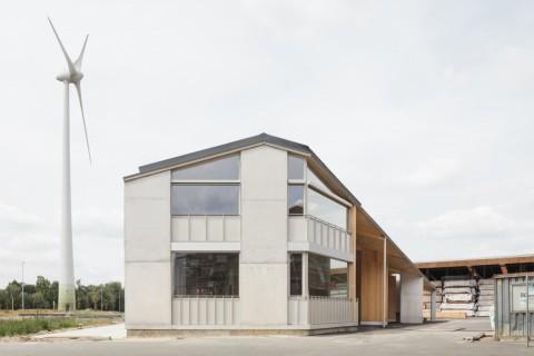 Van Hoorebeke Timber, TRANS architectuur stedenbouw © Stijn Bollaert